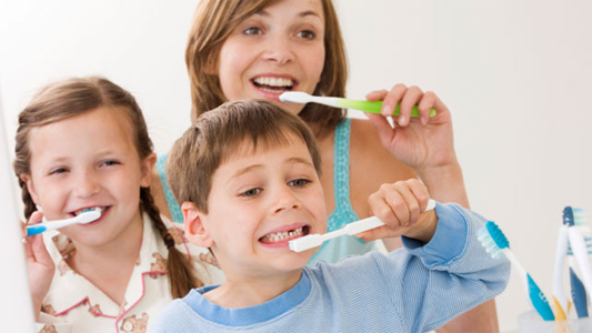 Tips to keep your children's teeth healthy